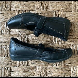 Clark's Soft Cushion Shoe